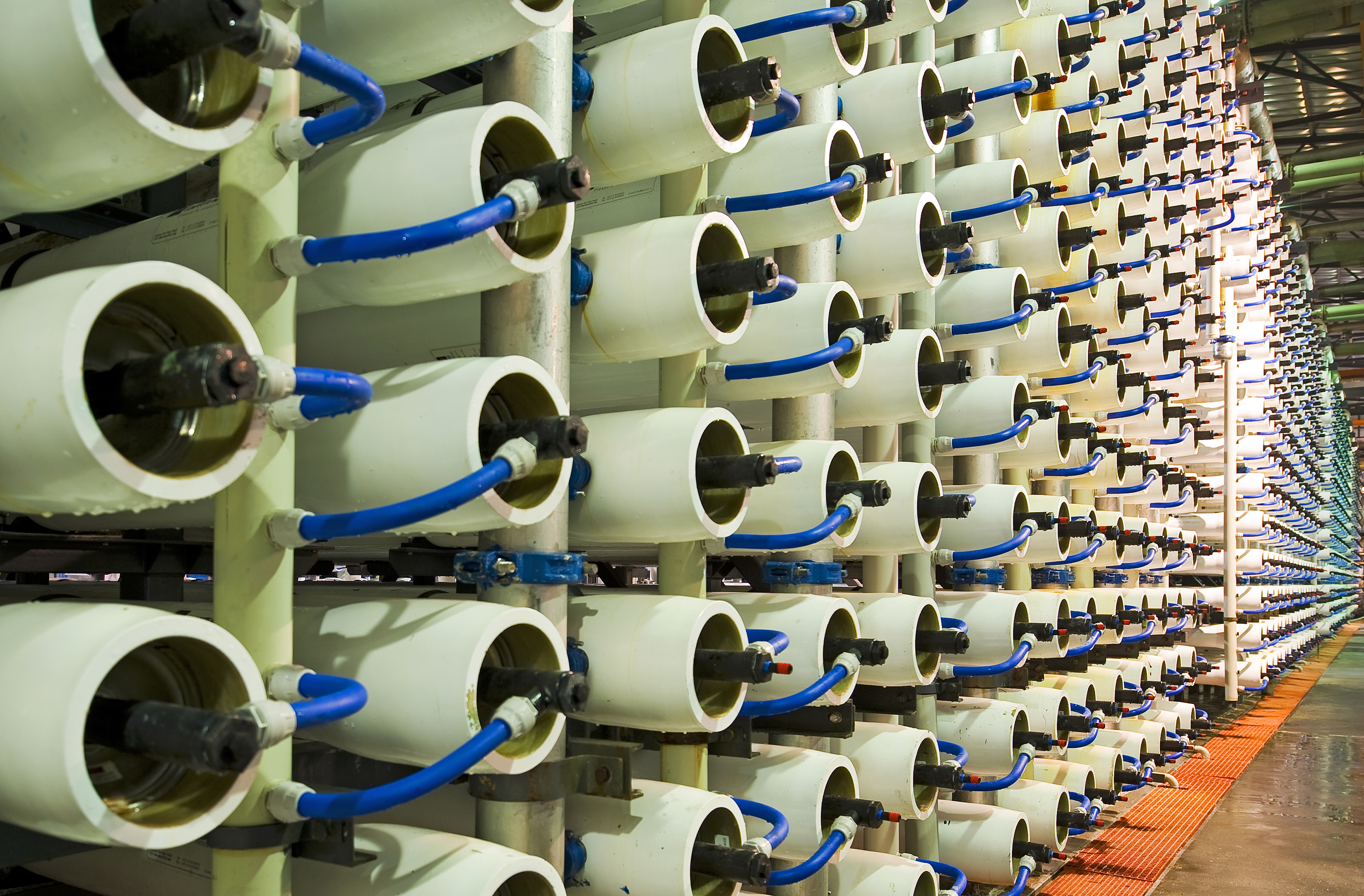 reverse-osmosis-water-desalination-plant-membranes_resized